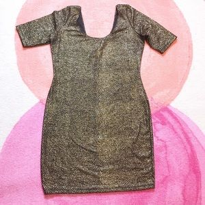 Fashion to Figure Black and Gold Body Con Dress 1x